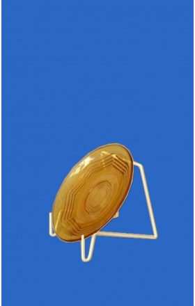 Wire stand for plate